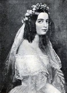 Isabel Maria de Alcântara Brasileira, Duquesa de Goias, 1843, casada com Ernesto José João Fischler von Treuberg, Conde von Treuberg e Barão von Holsen. Era filha de D. Pedro I , com sua amante a Marquesa de Santos