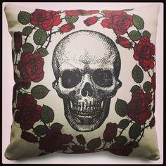 Skull Pillows by RVL.