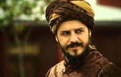 Cool and interesting beard models - Man World Beard Model, Mans World, Turkish Actors, Bearded Men, Memoirs, Simple Designs, Captain Hat, Prince, Dreadlocks