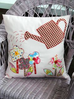 Applique Cushion floral craft Kit Ideal Mothers Day inc Cath Kidston Fabric New
