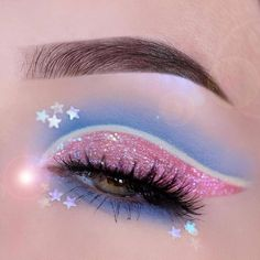 ✨🌸✨ We adore this eye makeup by Pastelmints! ✨🌸✨ This magical and dreamy look was created with the help. - ✨🌸✨ We adore this eye makeup by Pastelmints! ✨🌸✨ This magical and dreamy look was created with the help of the Lime Crime Paris Diamond… - Bright Eye Makeup, Dramatic Eye Makeup, Edgy Makeup, Colorful Eye Makeup, Eye Makeup Art, Crazy Makeup, Eyeshadow Makeup, Dramatic Eyes, Glitter Makeup