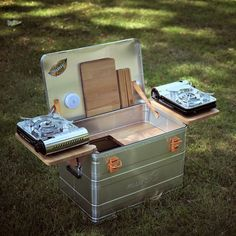 Mobile Outdoor Campingküche - Einfach genial! Camping Diy, Camping Gadgets, Truck Camping, Van Camping, Camping Gear, Camping Glamping, Camping Outfits, Pop Up Camper Trailer, Trailer Diy
