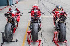 Ducati Desmo, Moto Ducati, Ducati Motorcycles, Motorcycle Dirt Bike, Motorcycle Travel, Moto Wallpapers, Cafe Racer Girl, Super Bikes, Bike Design