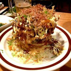 ウエストうどん屋 天神店 is a Ramen /  Noodle House in 福岡市中央区, 福岡県, Japan popular with Foodies, Stoners.