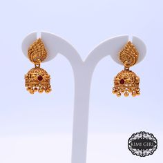 Silver Jhumkas, Gold Jhumka Earrings, Indian Jewelry Earrings, Anklet Jewelry, Temple Jewellery, Gold Ring Designs, Gold Earrings Designs, Gold Jewellery Design, Necklace Designs