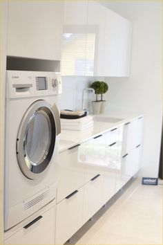 There are many laundry room designers who can aid with the decisions. If you find ideas about laundry room, look at this gallery above. Laundry Closet, Laundry Storage, Small Laundry, Laundry In Bathroom, Laundry Baskets, Closet Nook, Bathroom Bench, Interior Design Living Room, Living Room Designs