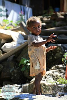 Madagascar: Nosy Komba, récolter, pêcher, cuisiner à Anjiabe