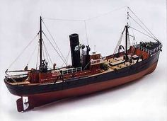 "Beautiful, brand new Caldercraft model ship kit: the ""Milford Star"" side trawler"