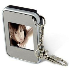 DIGITAL PHOTO FRAME ON A KEY CHAIN Free Shipping