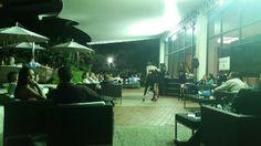 #quehaypahoy #Hoy es #Sáb03/10 de #Entretenimiento con #AmoresDebarra .Hotel @eurobuilding Ccs. Hora 8:30 PM. 645Bs. Entradas en www.tuticket.com y en el lobby del Hotel a partir de las 5pm. Te Esperamoooooos¡¡¡ #5AñosDeFuncionesIninterrumpidasEnCartelera