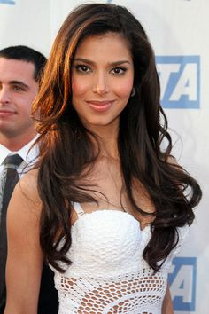 Love the hairstyle. Roselyn Sanchez, Dye My Hair, New Hair, Mane Event, Brown Eyed Girls, Latin Women, Jessica Biel, Cut And Color, Dark Hair