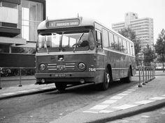 Twee Provinciën (TP), Rotterdam een Bolramer bus 7640 met kenteken BB-50-09