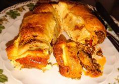 Palacsinta, pikáns töltelékkel Ketchup, French Toast, Pork, Favorite Recipes, Sweets, Meals, Breakfast, Pork Roulade, Sweet Pastries