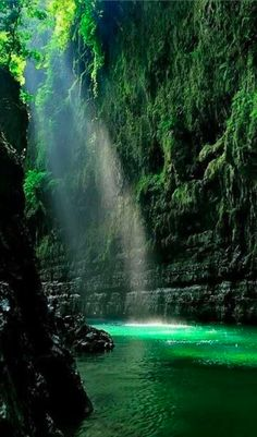Green canyon in Pangandaran, West Java, Indonesia • photo: Jeffry Surianto on Pixoto