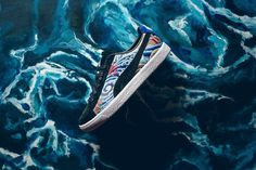 The Clyde is in the heart of a comeback campaign that's why she is introduced in a new collaboration with the Atmos x Puma Clyde Three Tides Tatoo.