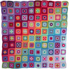 At the start of June 2017 I decided to crochet a square blanket for the Summer. Knitting Squares, Crochet Squares, Crochet Granny, Knit Crochet, Granny Squares, Attic 24 Crochet, Crochet Hooks, Crochet Square Patterns, Crochet Designs