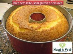 bolo sem glúten, sem leite e sem ovos - 200 ml de suco de laranja (não é laranjada não, gente. É laranja espremida mesmo...força nos bracinhos!) - 1/2 copo de óleo - 1 copo cheio de açúcar - 1 pitada de sal - 2 copos e 1/2 de farinha de arroz - 1 colher de sopa bem cheia de fermento em pó - 1 colher de café de farinha de linhaça