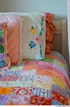 Simple Summer Sunshine Quilt Finished via cottagemagpie.com