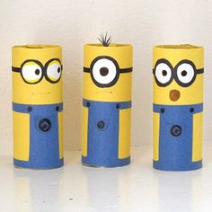 Turn ordinary cardboard tubes into adorable minions using a printable pattern and construction paper. A great activity for the minion-loving...