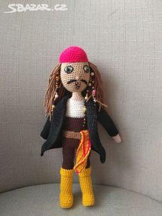 Háčkovaný Jack Sparrow - Brno-město - Sbazar.cz Crochet Dolls, Crochet Hats, Polly Pocket, Jack Sparrow, Walt Disney, Barbie, Knitting Hats, Captain Jack Sparrow, Barbie Dolls