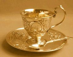 golden tea cup & saucer