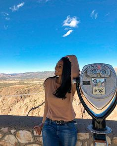 Who's ready for an epic adventure this weekend? Spend a day at the Royal Gorge Bridge & Park! 📸 via @anajsaavedra #royalgorgebridge #colorado #christmasvacation