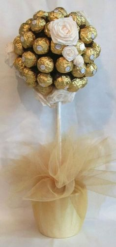 Ferrero Rocher sweet tree in Ivory and Gold Ferrero Rocher sweet tree in Ivory and Gold 50th Wedding Anniversary, Anniversary Parties, 50th Birthday, Birthday Parties, Candy Trees, Sweet Trees, Baptism Party, Chocolate Bouquet, Candy Bouquet