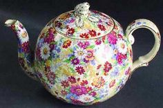Tea Pot by Royal Winton in Rutland pattern