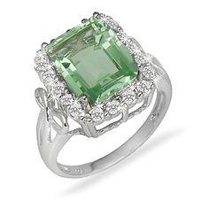 Gorgeous Green Ring