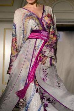 MoroCult: April 2013 Arab Fashion, Islamic Fashion, Fashion Mode, Modest Fashion, Sporty Fashion, Ski Fashion, Winter Fashion, Oriental Dress, Oriental Fashion