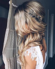 Ulyana Aster Long Bridal Hairstyles for Wedding_02 ❤ See More: http://www.deerpearlflowers.com/long-wedding-hairstyleswe-absolutely-adore/