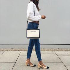 Style Inspiration: Chanel Two-Tone Slingback Pumps Tumblr Outfits, Slingback Shoes, Chanel Slingbacks, Shoes Heels, White Shirt And Jeans, Copenhagen Fashion Week, London Fashion, Shoes With Jeans, Black Girl Fashion
