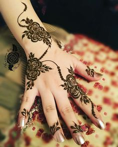 Simple and Easy Henna Design Images - Cute Henna on Hand for Girl Images with Simple And Easy Design. best collection new cute henna design for beginner Henna Hand Designs, Eid Mehndi Designs, Mehndi Designs Finger, Floral Henna Designs, Arabic Henna Designs, Mehndi Designs For Girls, Modern Mehndi Designs, Mehndi Design Pictures, Beautiful Mehndi Design