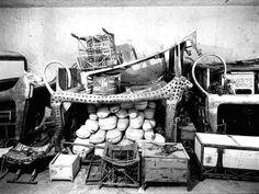 "collectorsweekly: "" Colorized photos of the discovery of Tutankhamun's tomb, circa "" Old Egypt, Ancient Egypt, Ancient History, Art History, Ancient Aliens, King Tut Tomb, Colorized Photos, Valley Of The Kings, Tutankhamun"