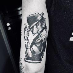 Forarm Tattoos, Dope Tattoos, Music Tattoos, New Tattoos, Tattoos For Guys, Tatoos, Michael Jackson Tattoo, Michael Jackson Pics, Music Tattoo Sleeves