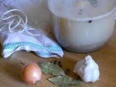zakwas z mąki żytniej, żurek Pudding, Food, Custard Pudding, Essen, Puddings, Meals, Yemek, Avocado Pudding, Eten