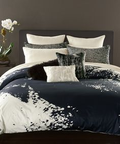 Donna Karan Midnight Collection Home - Bedding - Bedding Collections - Bloomingdale's Donna Karan Bedding, Modern Duvet Covers, Full Duvet Cover, New Beds, King Duvet, Bedspread, Bedding Collections, Luxury Bedding, Decoration