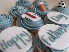 D-sitesHOLIDAYSfather daycup cakeCupcake Decorating Ideas  On Fathers Day _37