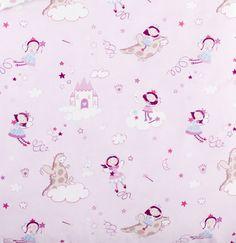 Tela de princesas para habitación de niña de la marca Scenes  #Scenesdecoración #Habitacionesinfantiles #Telasrosas #Habitaciónniña