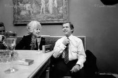 29. december 1989 prezident Václav Havel - Hľadať Googlom 29 December, Coat, Fictional Characters, Fashion, Moda, Sewing Coat, Fashion Styles, Peacoats, Fantasy Characters