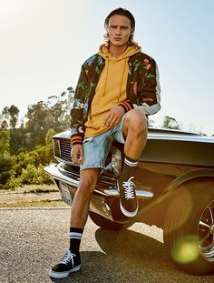 Bershka Philippines online fashion for women and men - Buy the lastest trends