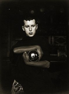Claude Cahun :: Self portrait, 1920′s   more [+]... | haunted by storytelling