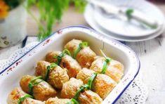 Verza ripiena di polpettone di patate - Una perfetta ricetta vegetariana per la verza ripiena di verdure e patate, una prelibatezza da consumare in compagnia.