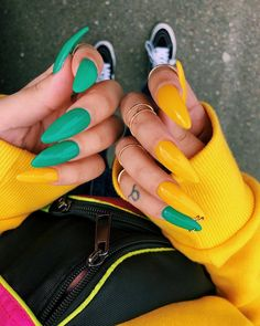 In look for some nail designs and ideas for your nails? Listed here is our listing of must-try coffin acrylic nails for fashionable women. Aycrlic Nails, Stiletto Nails, Coffin Nails, Hair And Nails, S And S Nails, Nails 2016, Gradient Nails, Nail Manicure, Nail Polish