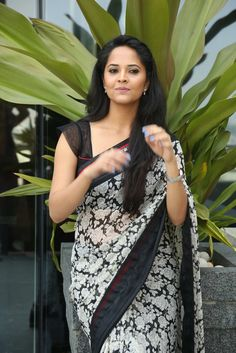 Anasuya Photos in saree (5) - TollywoodFans.in