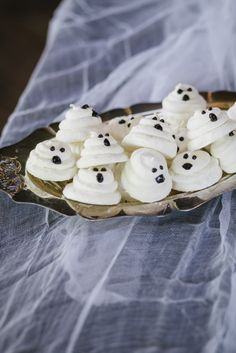 Meringue ghosts are