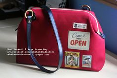 Bebe Handmade Store: *Red Packet* 2 Ways Frame Bag