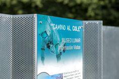 Diseño y construcción de Hito con panel informativo. Panel, Exterior, Cover, Books, Libros, Book, Outdoor Rooms, Book Illustrations, Libri