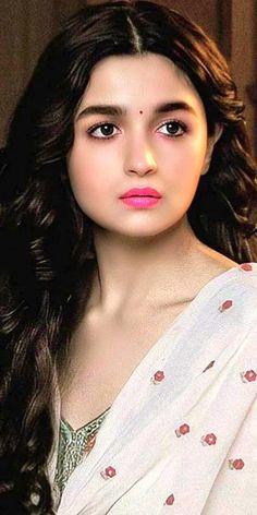 Alia Bhatt Cute, Indian Wedding Photography Poses, Kriti Kharbanda, Beautiful Bollywood Actress, Deepika Padukone, Indian Beauty, Most Beautiful, Celebs, Actresses