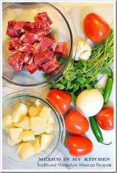 Carne con papas (Beef and potato stew) Friday meal Authentic Mexican Recipes, Mexican Food Recipes, Beef Recipes, Dinner Recipes, Cooking Recipes, Healthy Recipes, Dinner Ideas, Beef And Potato Stew, Beef And Potatoes